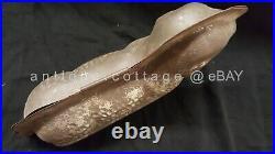 Antique LAMB MOLD CHOCOLATE CANDY CAKE ICE CREAM prim folk art EASTER dark tin
