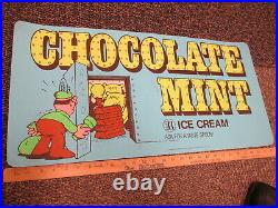 Baskin Robbins ice cream CHOCOLATE MINT 1984 store display sign bank robber safe