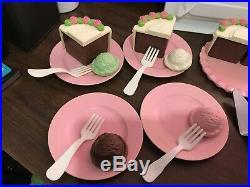 Vintage Fisher Price Fun with Food Chocolate Cake & Ice Cream