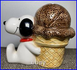 Vintage Peanuts 1958 1966 Snoopy with Chocolate Ice Cream Cone Bank Coin